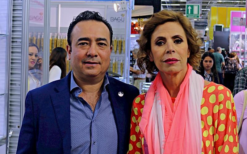b76be7af4a2e Presente Daniel Curiel de CCIJ en la inauguración de Expo Joya en  Guadalajara.